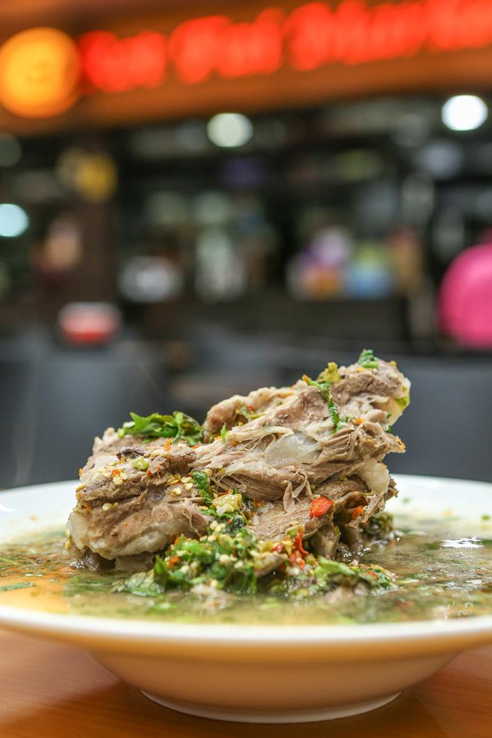 Soupe aux os de porc Leng Saap 1