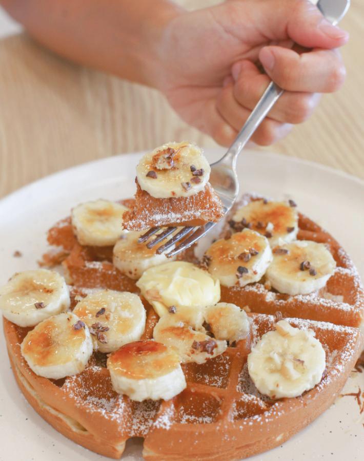 Komma Social Cafe gaufres et banane