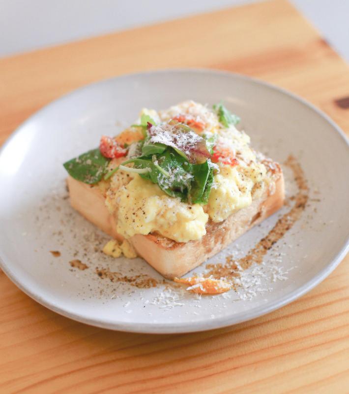 Toastie aux œufs et à la mayonnaise Prodigal Cafe