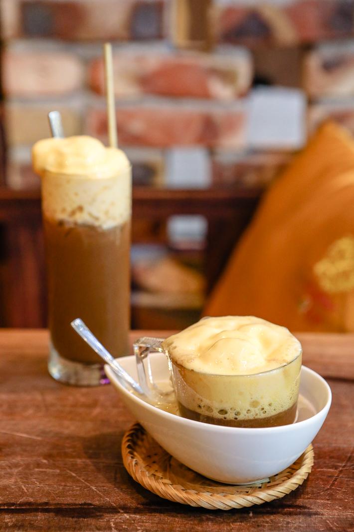 Café en papier riz aux œufs vietnamiens