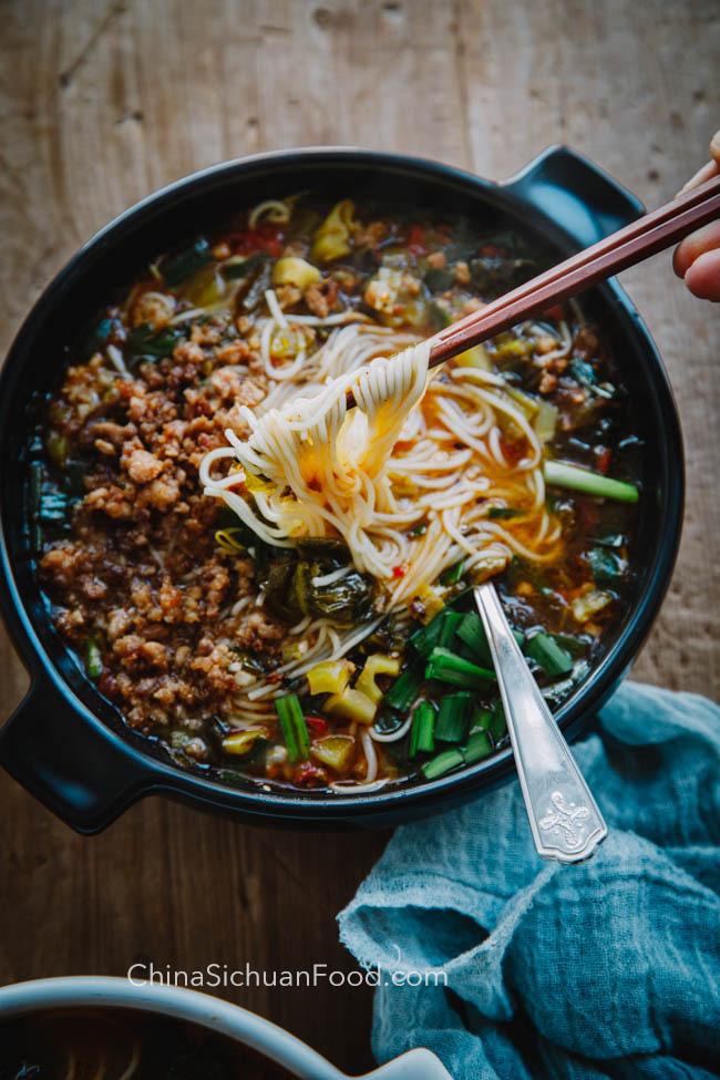 Nouilles de riz Yunan | chinasichuanfood.com