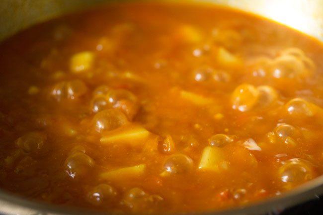 pommes de terre au curry mijotées