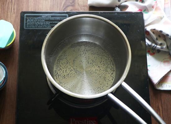 faire bouillir de l'eau dans une casserole