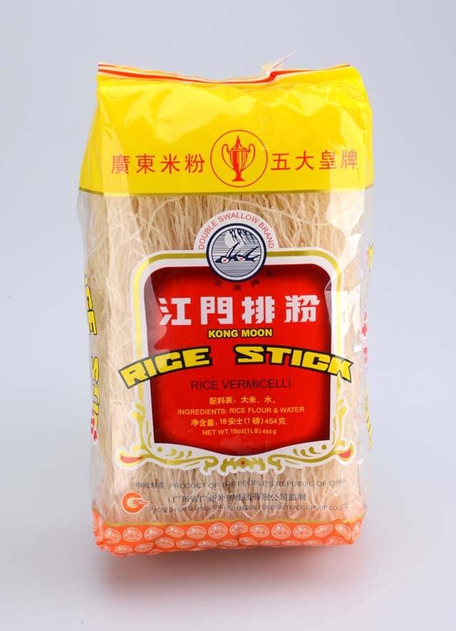 Vermicelles de riz dans un emballage.