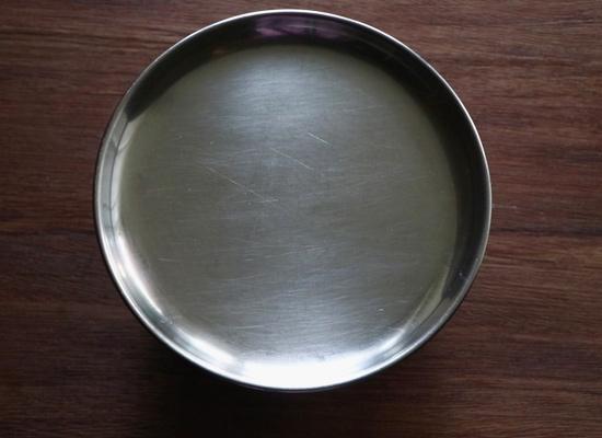 ajouter le riz au bol à mélanger