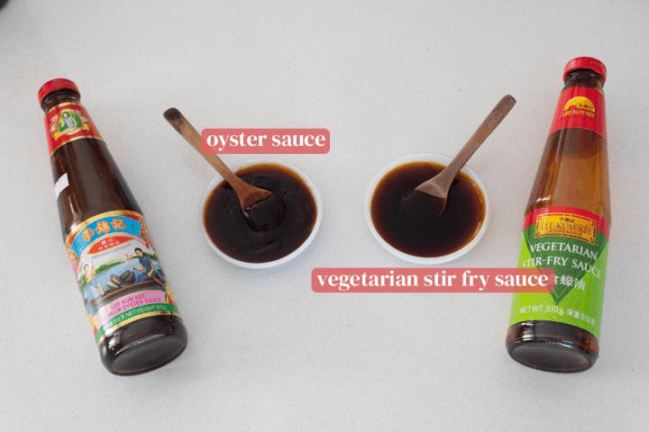 Plats d'huîtres et sauce sauté végétarienne accompagnés de leurs bouteilles.
