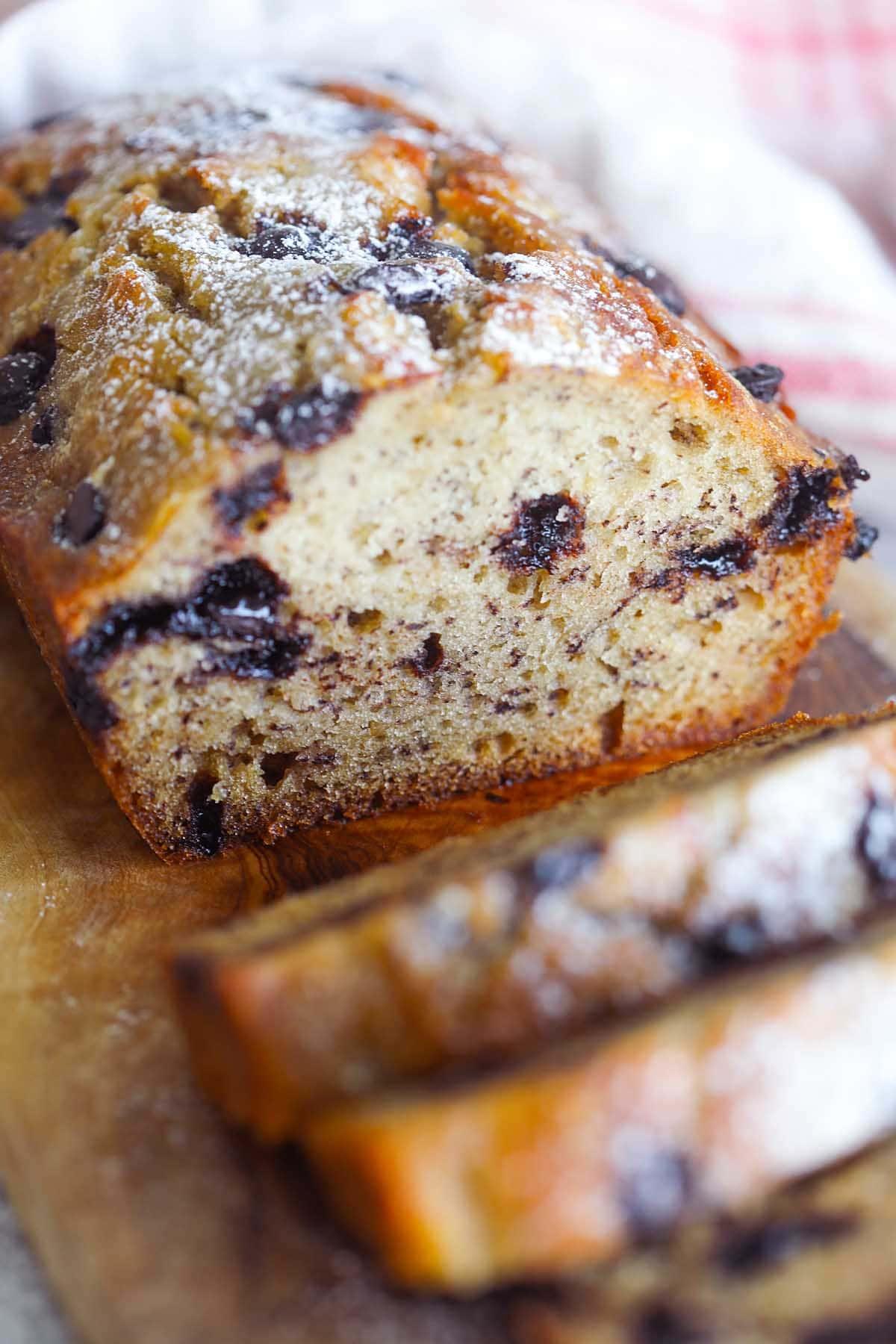Meilleure recette de pain aux bananes et aux pépites de chocolat.