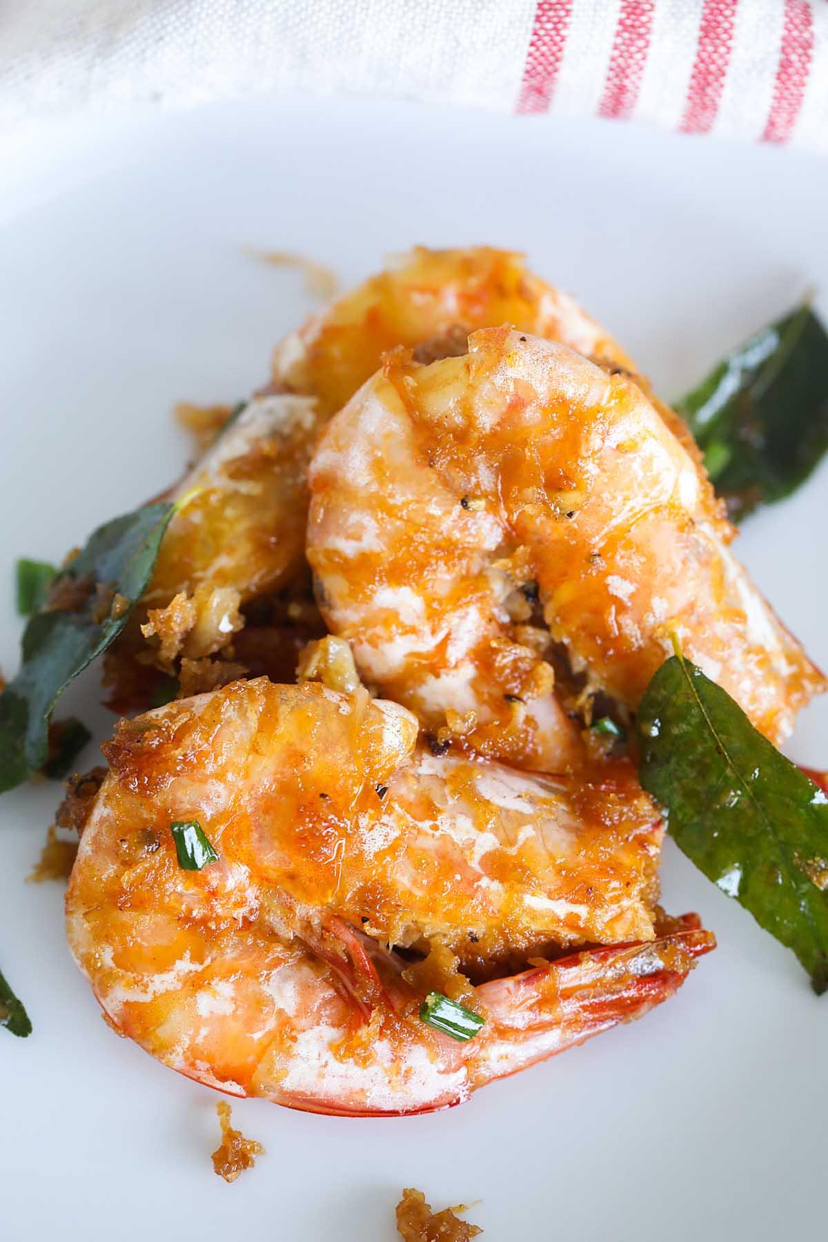 Recette de crevettes au beurre maison facile.