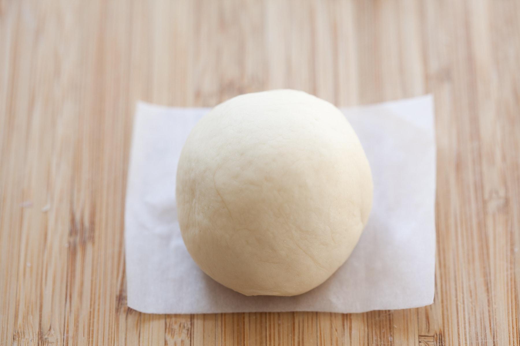 Petit pain de taro.