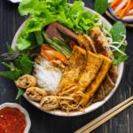 NUDE Grill – Restaurant de fruits de mer acceptant les animaux avec d'excellents fruits de mer et viandes grillées