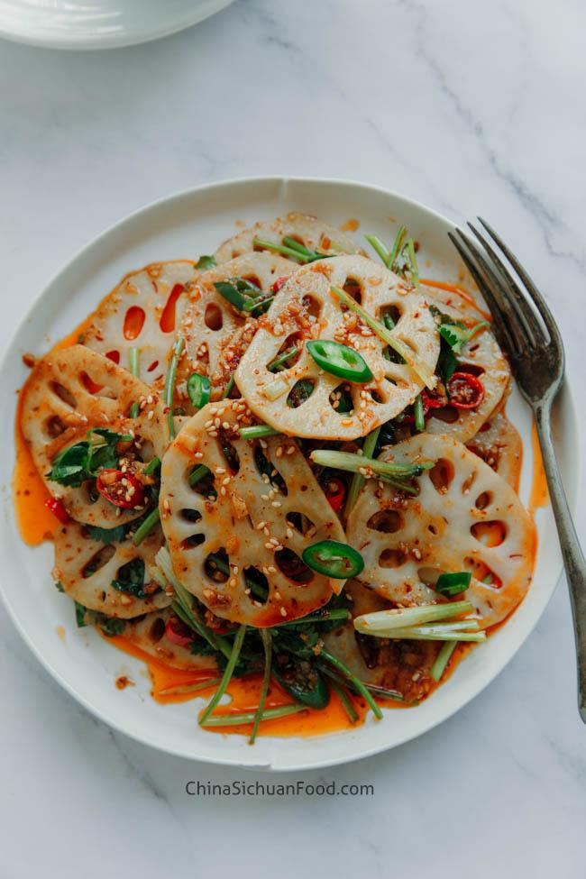 salade de racine de lotus piquante et aigre | chinasichuanfood.com