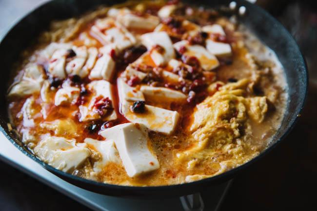 un œuf en pot et du tofu | chinasichuanfood.com