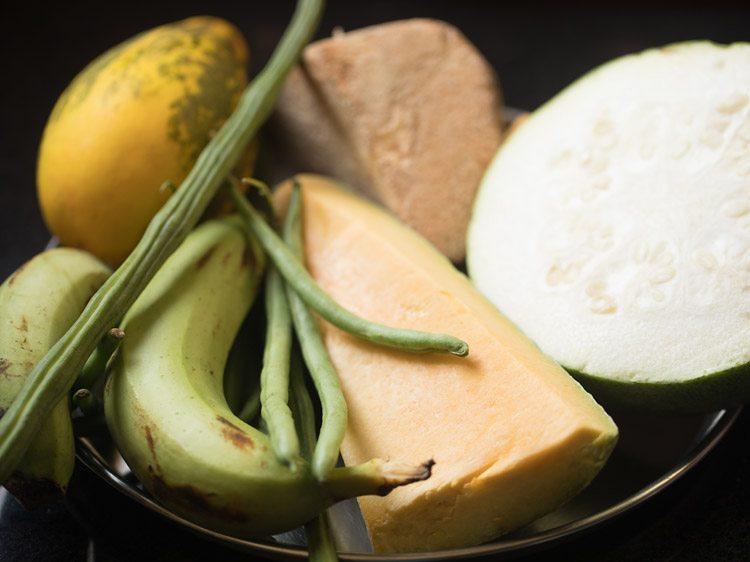 légumes pour faire une recette d'avial