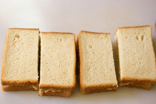 sandwich à la mayonnaise prêt et tranché