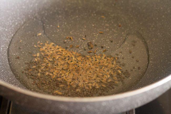 ajouter des graines de cumin