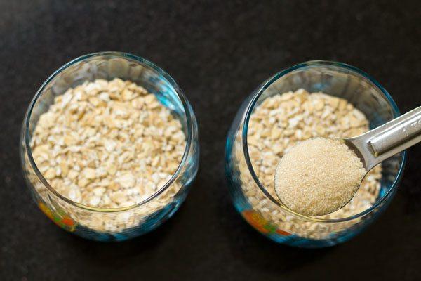 sucre brut, jaggery ou tout édulcorant avec de l'avoine