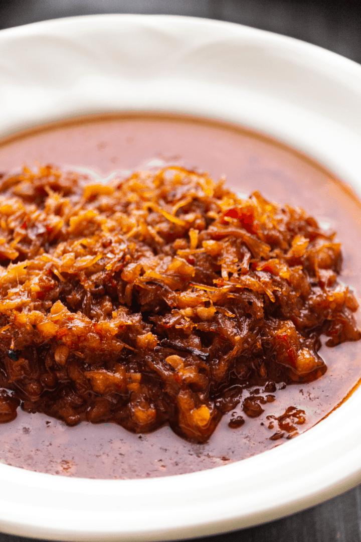 XO Sauce dans un plat.