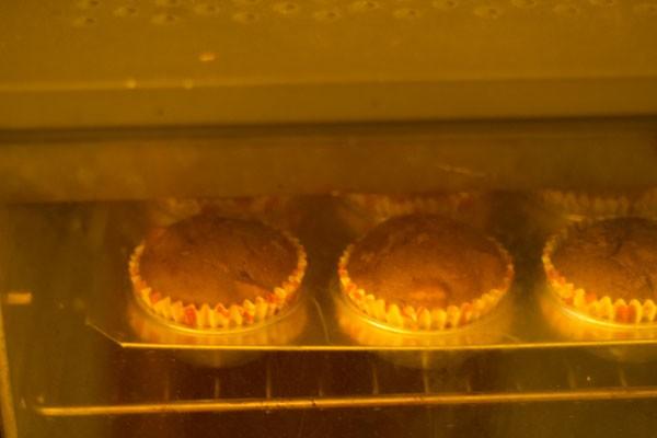 cuisson de muffins aux pommes sans œufs