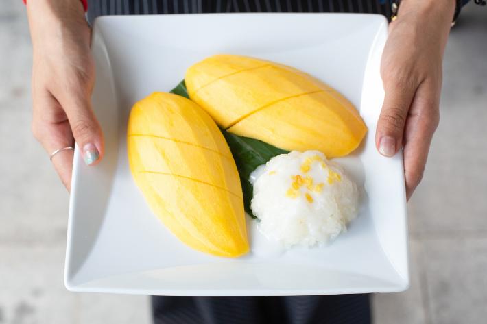 riz gluant fin thaï à la mangue sabai