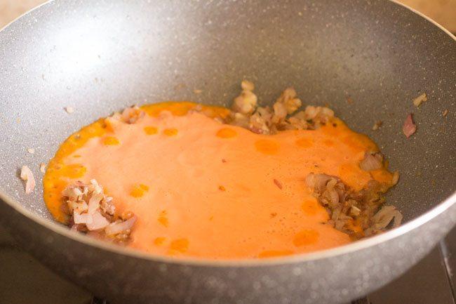 pâte de noix de cajou de tomate ajoutée