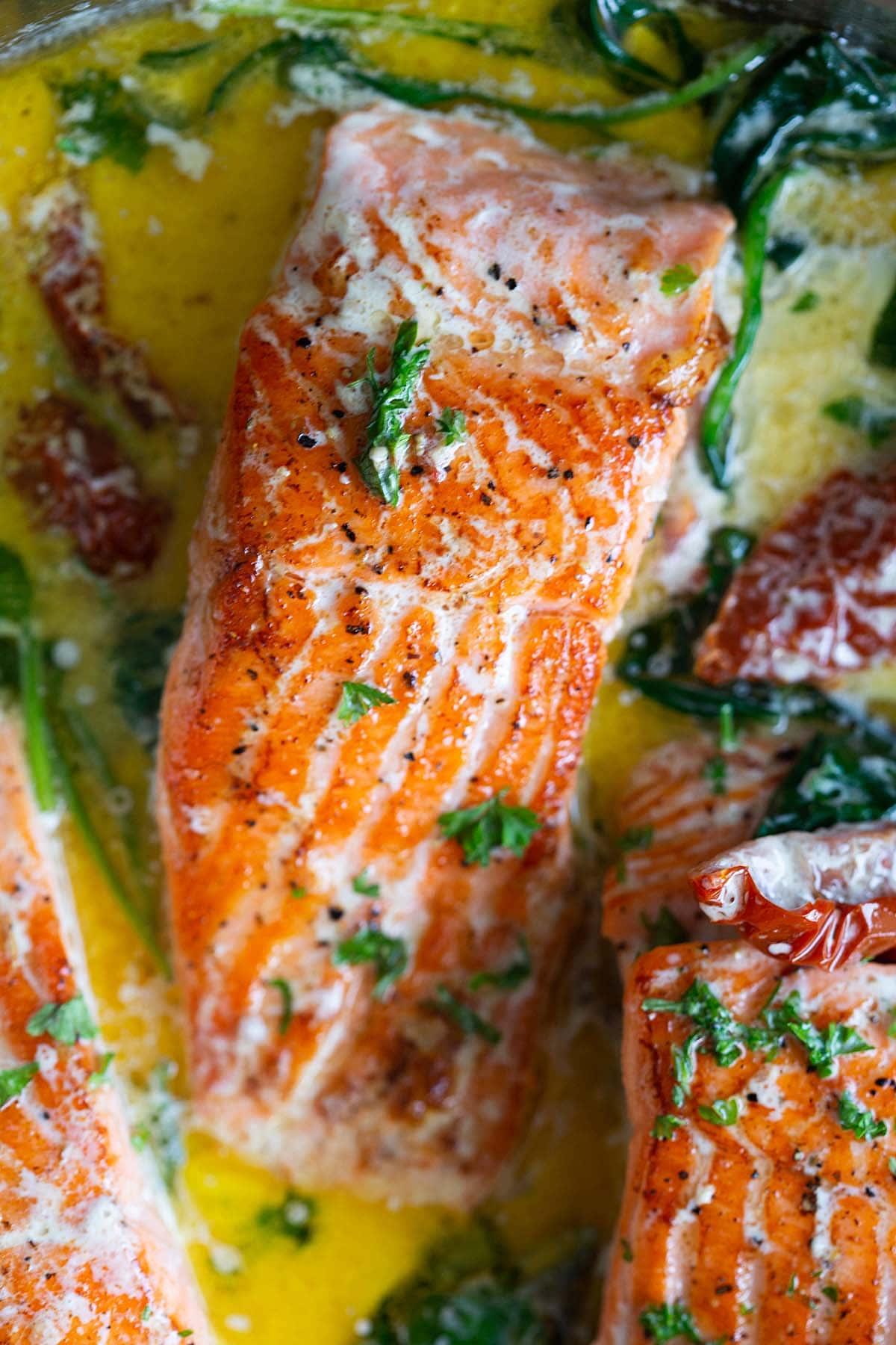 Saumon toscan aux épinards.